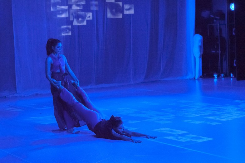 ›Attakkalari Centre for Movement Arts / Aadhaara Chakra, A Dancedialogue