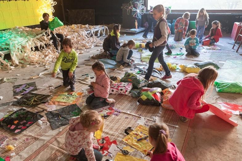 Barvy a tvary v pohybu / Výtvarný workshop pro děti